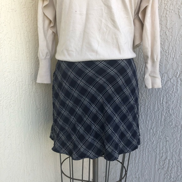GAP Dresses & Skirts - GAP Navy Blue Cream Plaid Print Skirt!